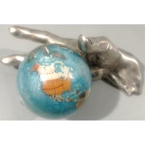 "Brunel Статуэтка ""Рука с глобусом"" ST177GL"
